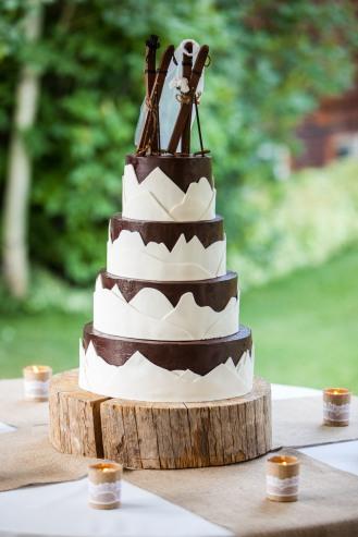 Carl & Erika Ski Cake